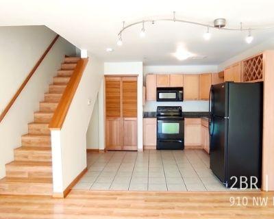 Apartment Rental - 910 NW Naito Pkwy