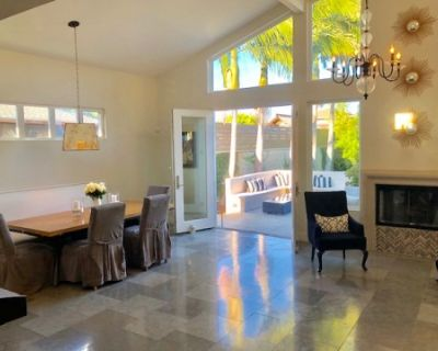 Urban space nestled between the Beach Cities and Palos Verdes, designer's own home, features soaring ceilings, great natural light and plenty of opens spaces with great views to the California-styled landscaped outdoors., Torrance, CA