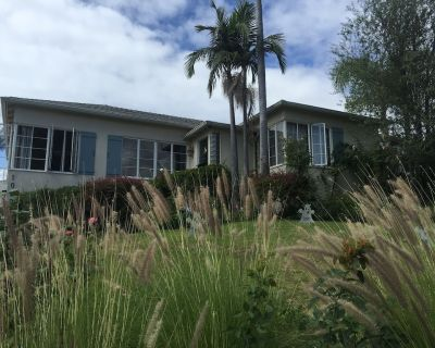 Charming 3BR Pacific Palisades Home, Sleeps 6 From $295 +, Close to Malibu & SM - Pacific Palisades