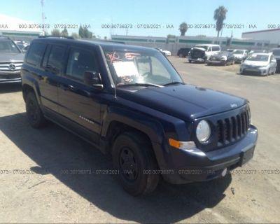 Salvage Blue 2015 Jeep Patriot