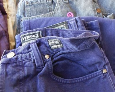 (5) Men's Versace and Levi Jeans