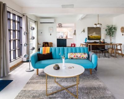 Photographer Airbnb Style Vacation Rental For Hire