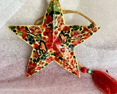 Hand Painted Kashmiri Paper Mache Lacquered Star Ornament