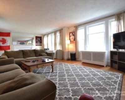 28 Manet Road #1, Newton, MA 02467 4 Bedroom Apartment