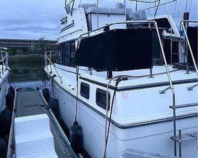 Carver Yachts 3207 Aft Cabin