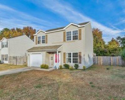 712 Spruce St #1, Hampton, VA 23661 3 Bedroom Apartment