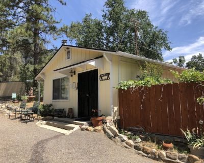 Private two bedroom cottage off Historic Highway 49. - Ahwahnee