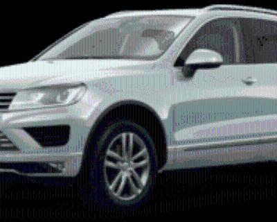 2015 Volkswagen Touareg V6 Lux