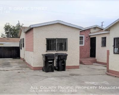 FOR LEASE!  2 BEDROOM, 1 BATH APARTMENT - LOS ANGELES