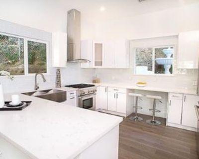 3841 Ridgemoor Dr, Los Angeles, CA 91604 3 Bedroom House