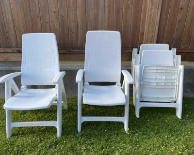 4 Reclining Patio Chairs