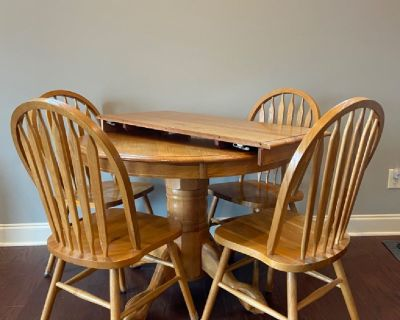 Table and chairs, Oak
