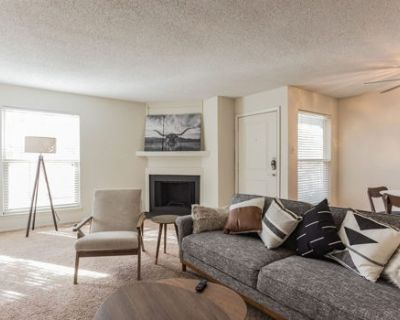 Newly Renovated Midland Suite