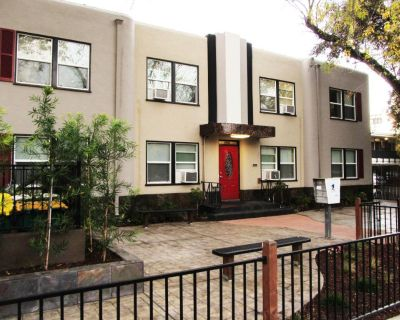 Furnished Private Room Across From UOP - AVAIL SPRING SEMESTER - HURRY!