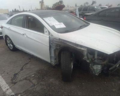 Salvage White 2012 Hyundai Sonata