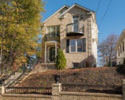 20 53rd Pl Se, Washington, DC 20019 4 Bedroom Apartment