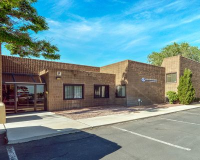Northeast Heights Office Space