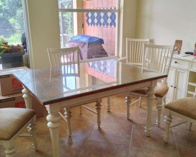 Dining table w/6 chairs & Buffet