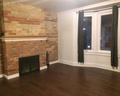 909 Bathurst Street #2, Toronto, ON M5R 3G4 4 Bedroom Apartment