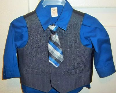 Beautiful new suit for baby boy size 3-4 months - Four piece