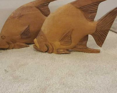 Set of 2 Wooden fish