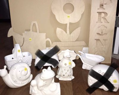 Lot of 8 unfinished spring and garden decor items. 3 signs made of thick wood. 5 ceramic/clay pieces without chips or breaks. See all pics