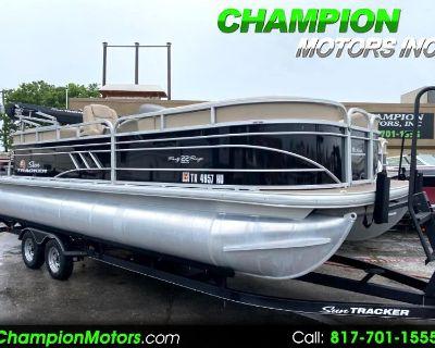 Used 2020 Sun Tracker Party Barge 22DLX Pontoon Boat w/Mercury 150HP 4S