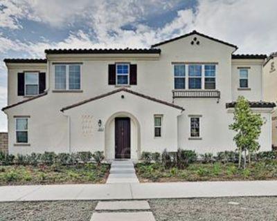 204 Townsite Promenade, Camarillo, CA 93010 3 Bedroom House