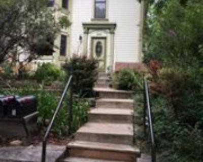 1053 Pine St #B, Boulder, CO 80302 2 Bedroom House
