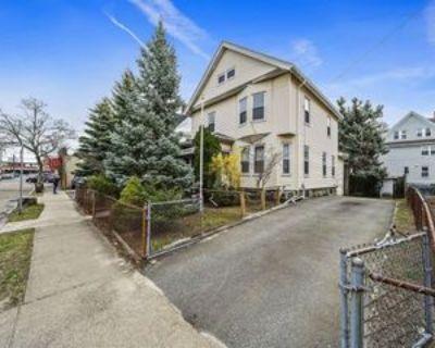 30 Brook St, Quincy, MA 02170 4 Bedroom Apartment