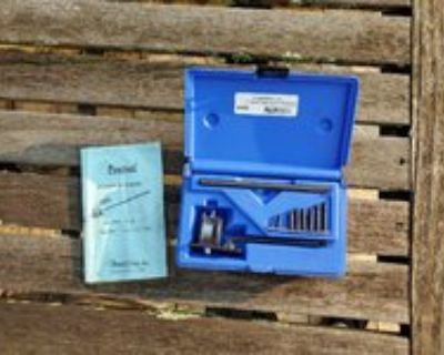 Easco USA crowsfoot, Lang Compression kit, Napa puller, Central cyl bore gauge