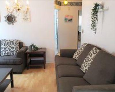 E 26th Ave & Nanaimo St, Vancouver, BC V5R 1K6 Room