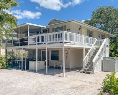 Life at Lover's Lane Lower Approx. 720 ft walk to Beach, Dogs considered, - Fort Myers Beach