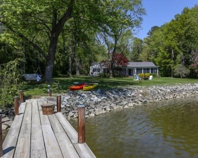 Crabber's Cove - Charming Waterfront Cottage Near St. Michaels, Kayaks & Bikes! - St. Michaels
