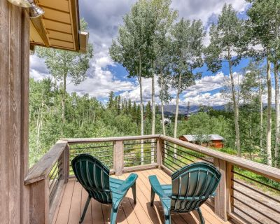 Family-Friendly Home w/ Free WiFi, Washer/Dryer, Gas Grill, and Mountain Views! - Frisco
