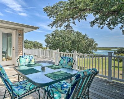 NEW! Hampstead Home w/ Gas Grill, Waterway Access - Hampstead