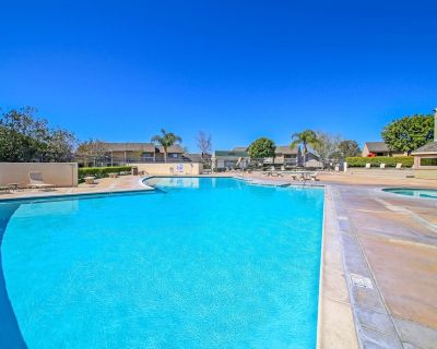 Across the street from Disney! Free parking/strollers, pool, hot tub! - Hermosa Village