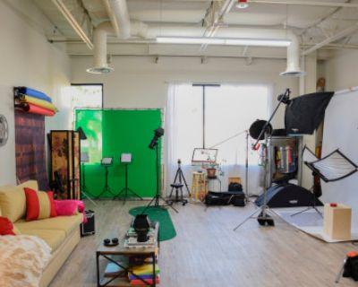 Photo/Video & MIxer Studio Space: Modern, Clean, Affordable, Las Vegas, NV