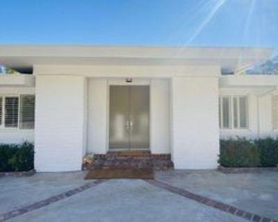 1811 Rising Glen Rd, Los Angeles, CA 90069 4 Bedroom Apartment