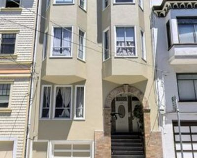 1290 Green St, San Francisco, CA 94109 3 Bedroom Apartment