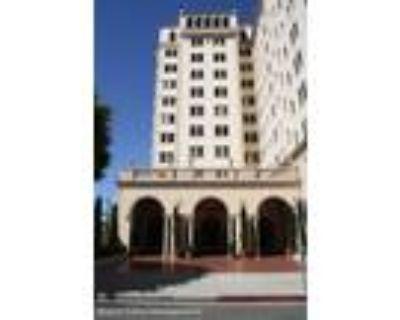 1 Bath In Long Beach CA 90802