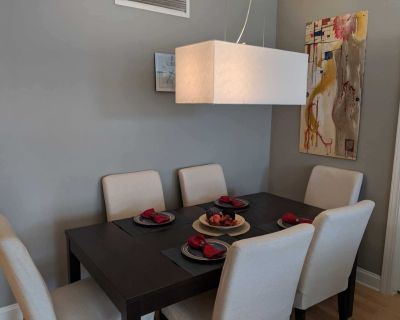 Luxurious 2 BR Riverfront Condo in Downtown Milwaukee!! - Lower East Side