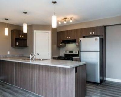 57 McKenzie Avenue, Steinbach, MB R5G 2K8 3 Bedroom Apartment