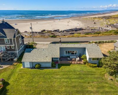 SeaView: Ocean Front! Hot Tub, Golfing, Surfing, Dogs Welcome! - Seaside