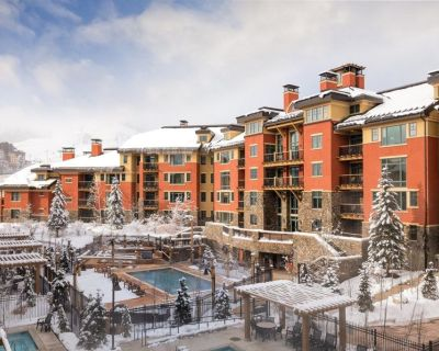 Entrancing Club Wyndham Park City, 2 Bedroom Deluxe Suite sleeps Eight, Discover Utah's Amazing Attractions - Park City
