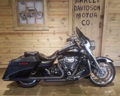 2013 Harley-Davidson CVO Road King 110th Anniversary Edition Touring Mentor, OH