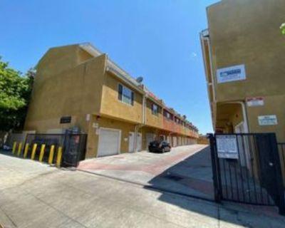 5010 S Figueroa St #103, Los Angeles, CA 90037 3 Bedroom Apartment