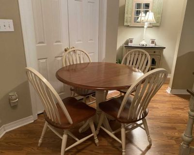 Table and 4 Chairs-Like New