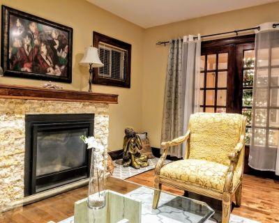Vindemia Modern Vintage 3BD/3BA Home Mins to Clifton Hill & Falls - Niagara Falls