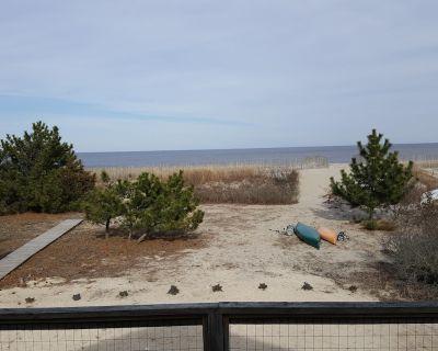 Beach Water Front House Broadkill Beach - Secluded Retreat! - Broadkill Beach
